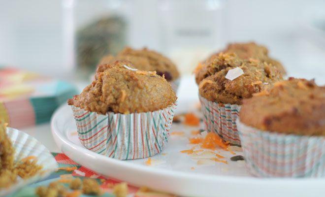 Aan dit wortel muffins recept proef je niet dat ze verantwoord zijn. Geen toegevoegde suikers, wel super zoet en smaakvol.
