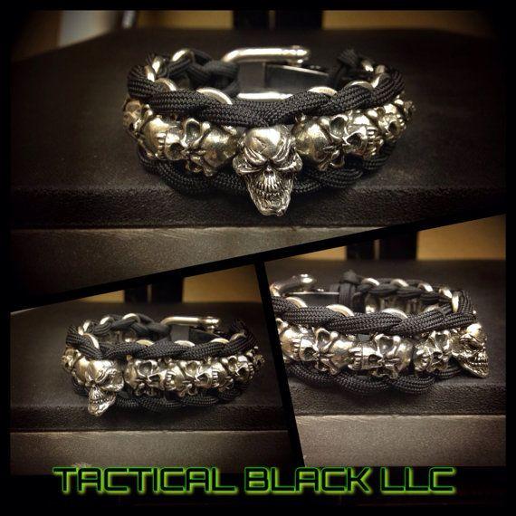 Paracord skull link bracelet