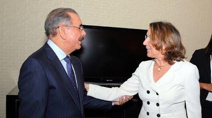 NY: Danilo Medina recibe la visita de Rebeca Grynspan | NOTICIAS AL TIEMPO