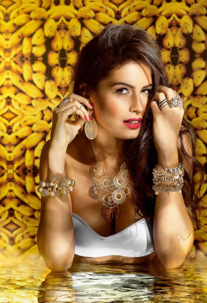 Paula Bayer para Fluorente #ragazzomgmt #agenciaragazzo #job #models #campanha #acessórios