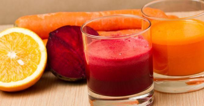 15 recettes détox entre deux fêtes   Fourchette & Bikini Jus détox vitaminé orange, carotte et betterave.......