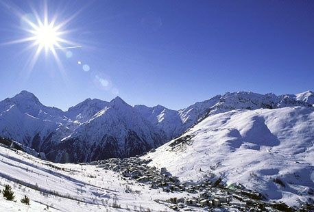 7 nights ski holidays in March including flights and transfers and self catering apartment for only £185 to France