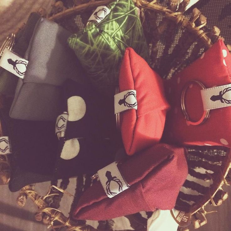 tissue holders!