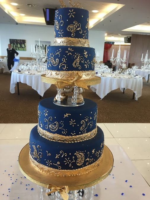 Navy And Gold Wedding Cake By Lisa Broughton At Weddingcakesbylisabroughtoncouk