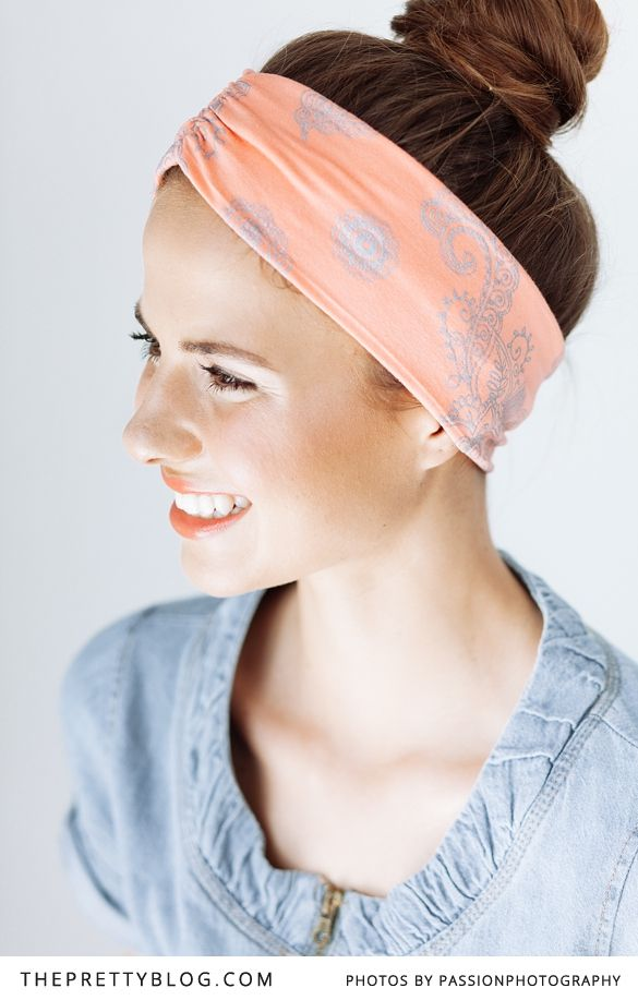 3 minute- Easy Beach Bun | Photography: @Amanda Snelson Drost , Hair: Ida Webster, Headband: Lily Boutique, Make-up: Marli Basson