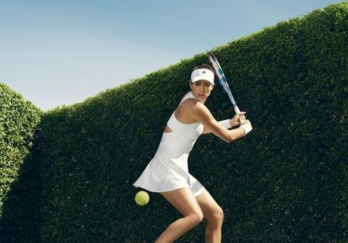 Gabine Muguruza / Tennis Dress / Adidas / Wimbledon 2017 / Stella McCartney / Promo Image / Grass Season / Hedge / All-White