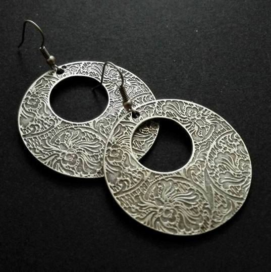 Hey, I found this really awesome Etsy listing at https://www.etsy.com/listing/477700952/antique-silver-plated-earrings-ethnic