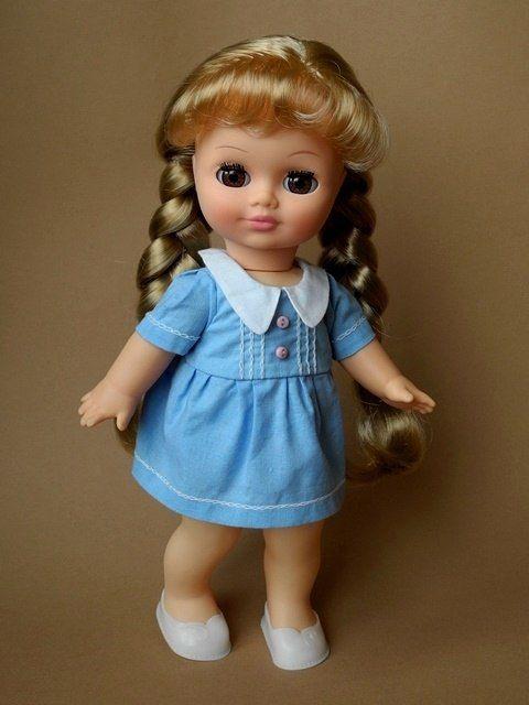 Выкройки одежды для классических кукол производства России.