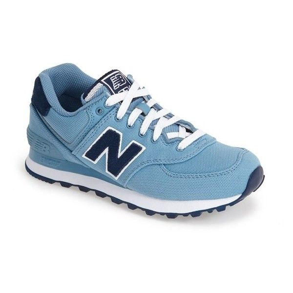 New Balance '574' Sneaker (5.260 RUB) ❤ liked on Polyvore featuring shoes, sneakers, blue, new balance shoes, new balance footwear, new balance, blue sneakers and retro shoes
