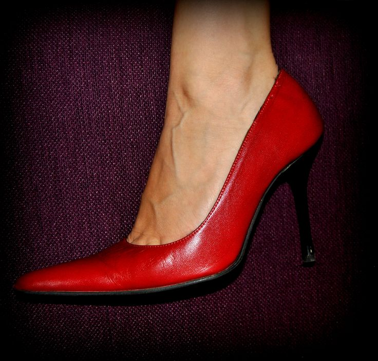 red pointy high-heel