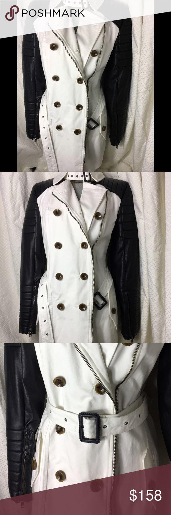 Rad black and white trench coat Gorgeous white coat Jackets & Coats Trench Coats