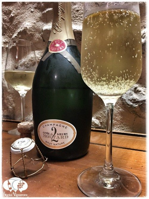 Score 92/100 Wine review, tasting notes, rating of Moutard Cuvée des 2 Sœurs Champagne. Description of aroma, palate profile, flavors. Join the experience.