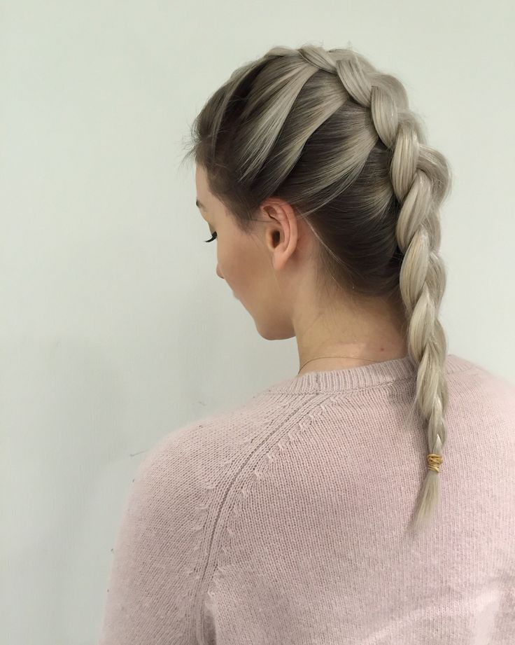 Braidlovin' #wellalife #whitehair #hair #longhair #olaplex #olaplexnorway #braid #hair #hairinspo #girl