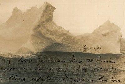 Une photo exceptionnelle de l'iceberg qui a coulé le Titanic en 1912, prise deux jours avant le drame par le capitaine d'un autre bateau, L'Etonian, sera proposée aux enchères le mois prochain aux Etats-Unis avec une estimation de 8000 à 10 000 dollars.