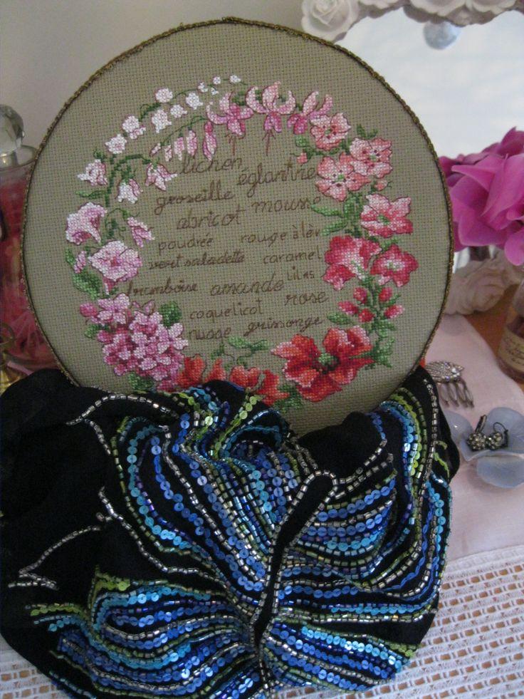 http://ahousefulofhappiness.blogspot.com/