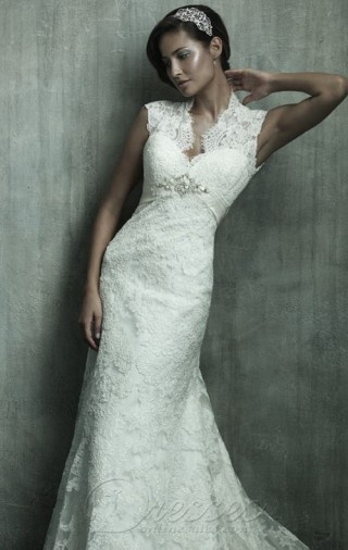 Classic White Mermaid Floor-length Lace Turtle-neck Dress With Beading