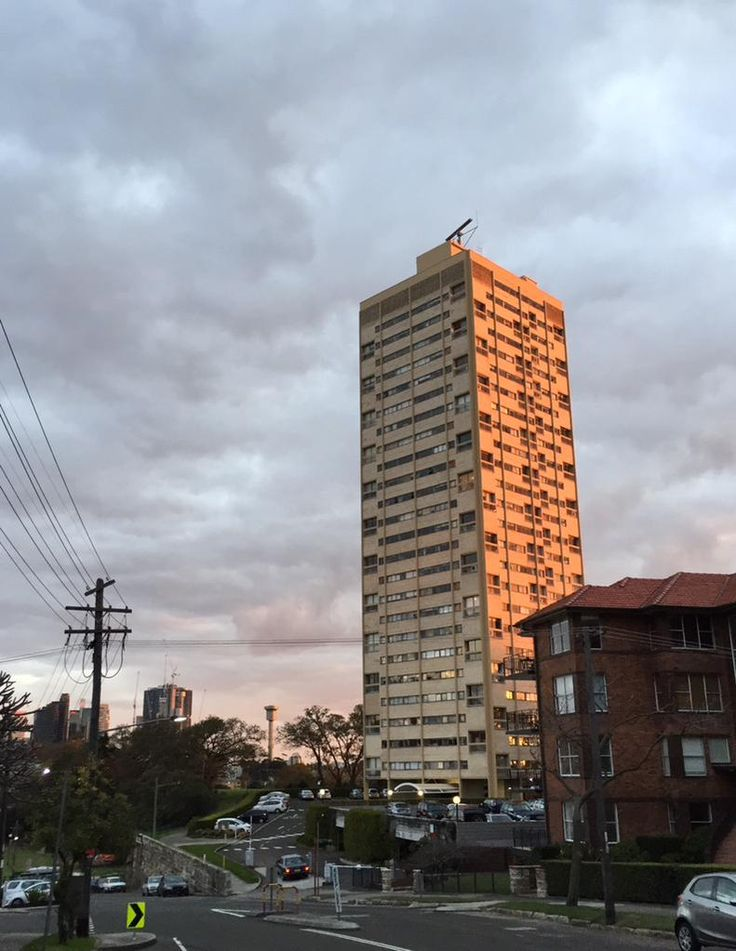 Harry Seidler's Blues Point Tower looking great as the sun sets in Sydney. @BrutalHouse