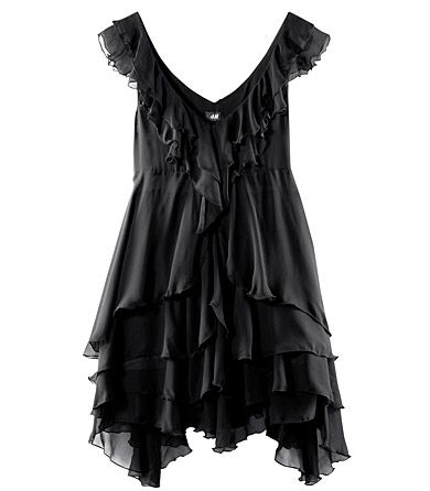 So cute!: A Mini-Saia Jeans, Fashion, Style, Imaginary Closet, Little Black Dresses, Ruffles 3, Black Tops, Black Ruffles, Simple Black Dresses