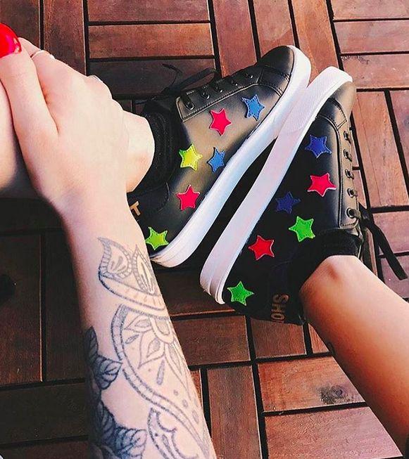 UNA PIOGGIA DI STELLE @ginevralambruschi for SHOP⭐️ART #sneakers collection ✔️ #sneakers #attitude #springsummer17 #collection #superadorage#style #shopartmania