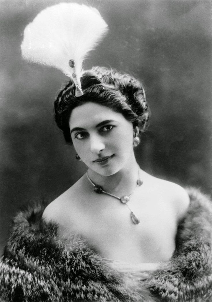 Mata Hari/ famous dancer and fist woman spy...
