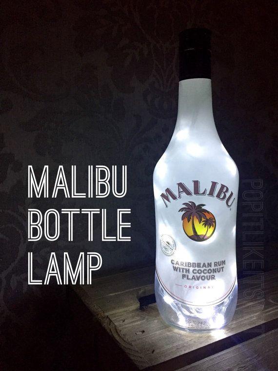 Malibu 700ml Lampe Licht Upcycled Flasche einzigartiges Weihnachtsgeschenk