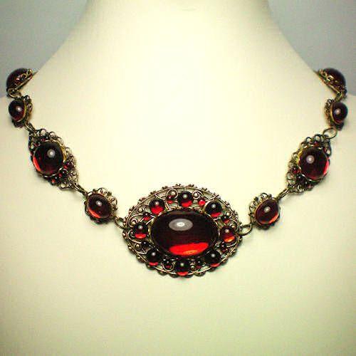 Anne Boleyn Red Flower Necklace Strand » The Anne Boleyn Files  Jewels for Juliet