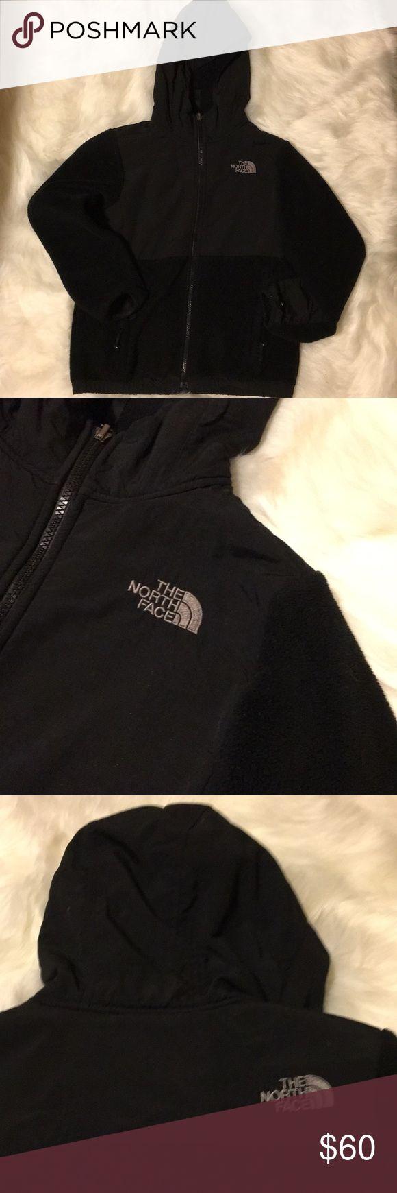 Girls North Face Jacket Girls Black hooded North Face Denali Jacket Medium size 10/12 North Face Jackets & Coats