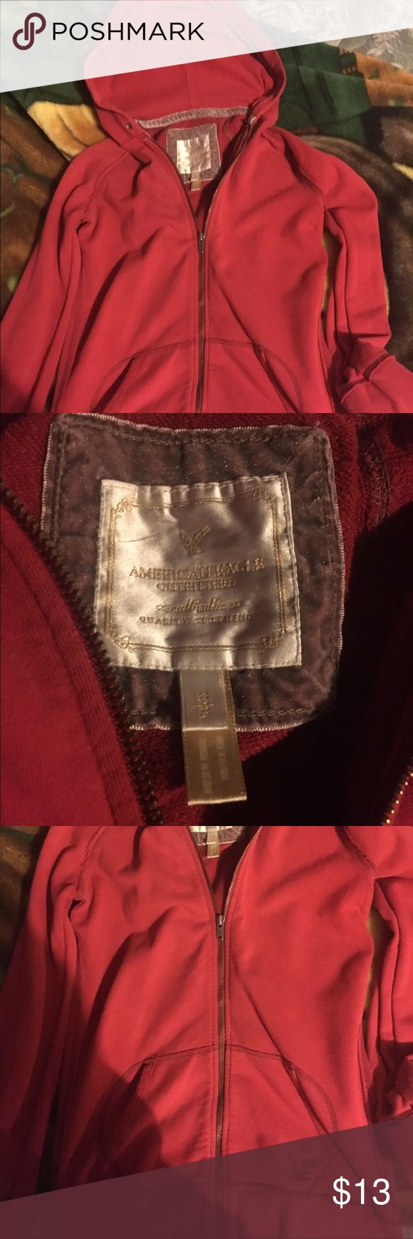 NWOT American eagle hoodie. String is missing. Never worn! Can also fit a medium! American Eagle Outfitters Tops Sweatshirts & Hoodies