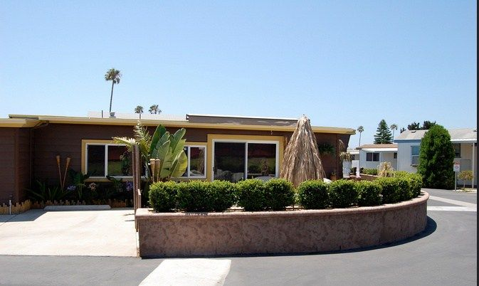 14 Great Mobile Home Exterior Makeover Ideas For Every ...