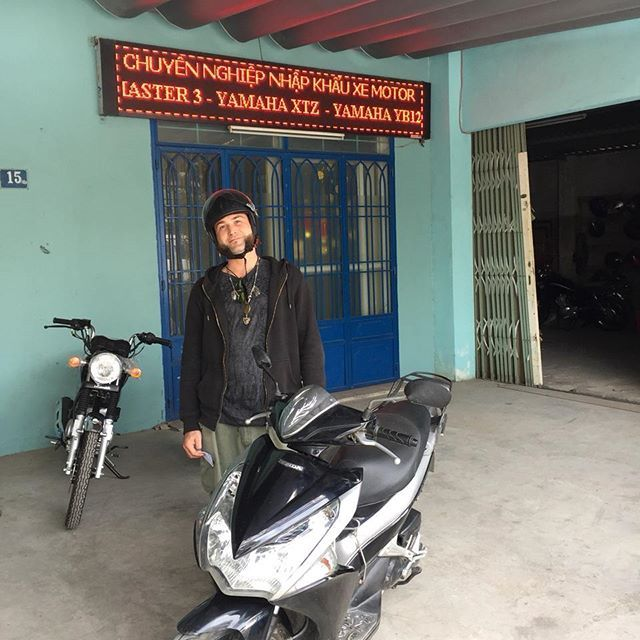 Lucius and the honda airblade at Danang office #tigitmotorbikesdanang #tigitmotorbikes #hondaairblade #travelvietnam