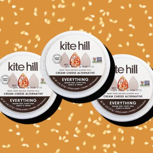 Kite Hill S New Vegan Cream Cheese Tastes Like An Everything Bagel Cheese Tasting Vegan Cream Cheese Everything Bagel