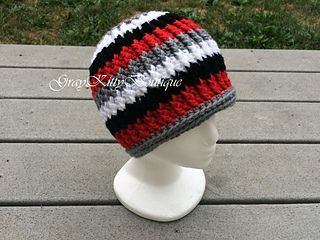 Gavin Beanie - free teen/small adult sized crochet hat pattern by Gwen Wotring.