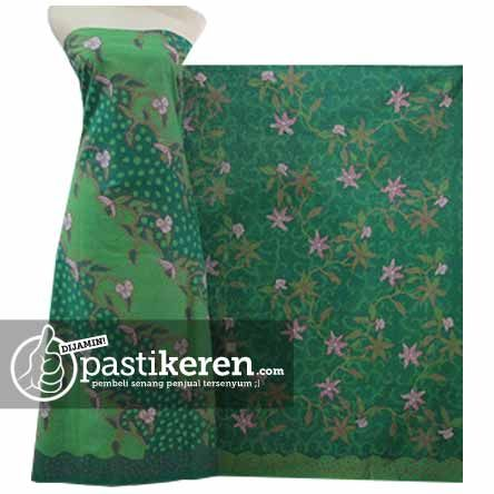 Batik Tulis Pagi Sore ( Traditional Handmade Batik cloth from East Java ) http://pastikeren.com/batik-tulis-pagi-sore-ps-171h/