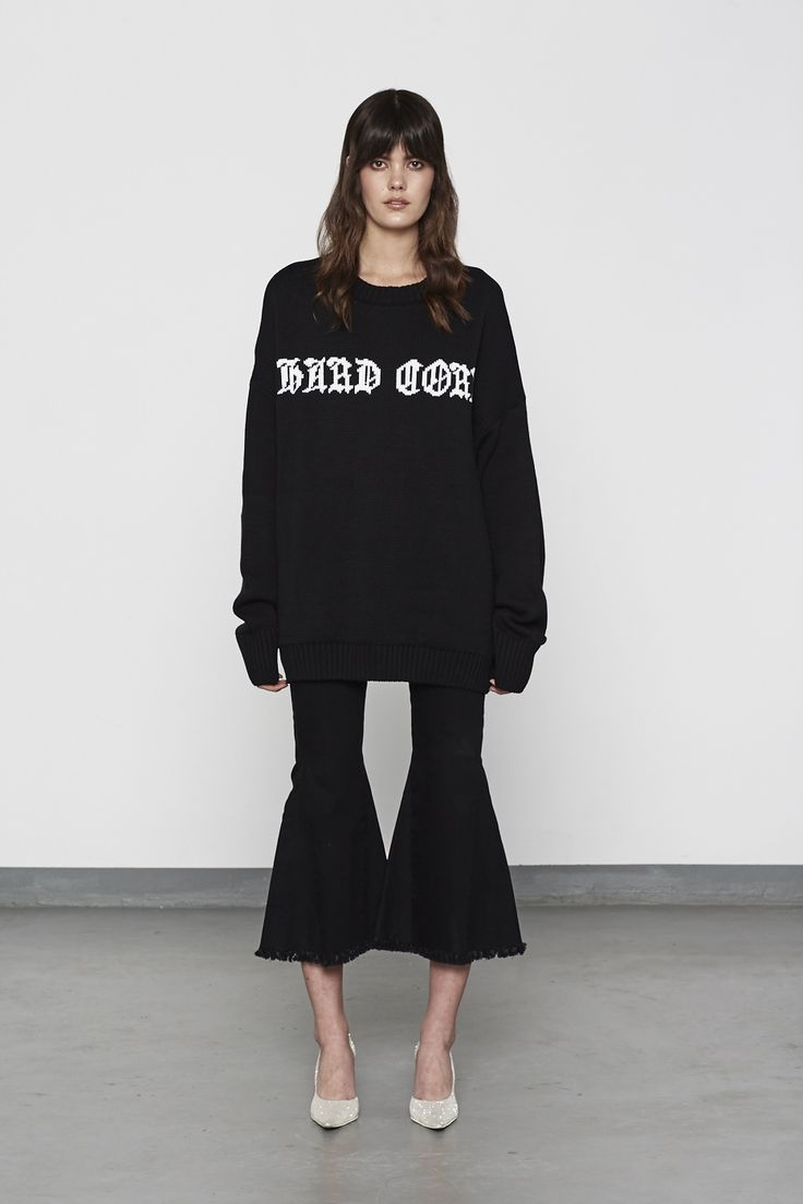 HARD CORE OVERSIZED KNIT