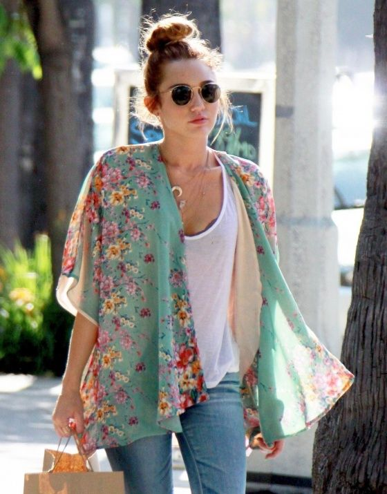 Kimono as long at it is longer in the back and a subtle print??