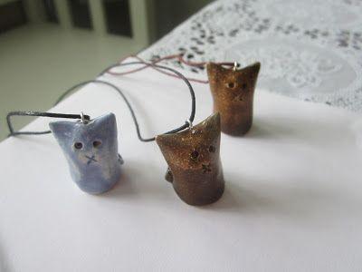 Ceramic cats by pinterest.com/miiairene