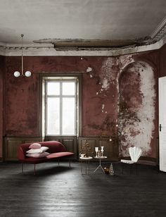Pink home decor inspirations for your next interior design project. Check more midcentury pieces at http://essentialhome.eu/