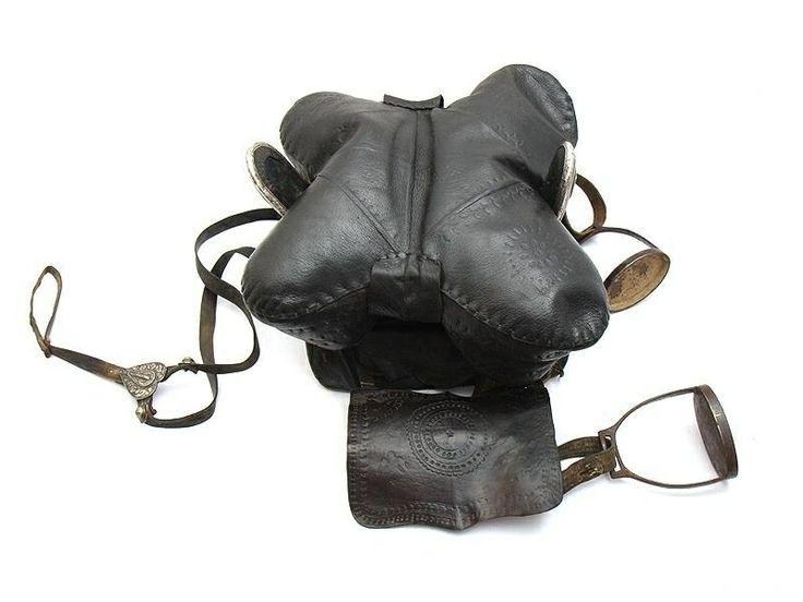 Черкесские седла (Адыгэ уанэ) / Circassien saddles