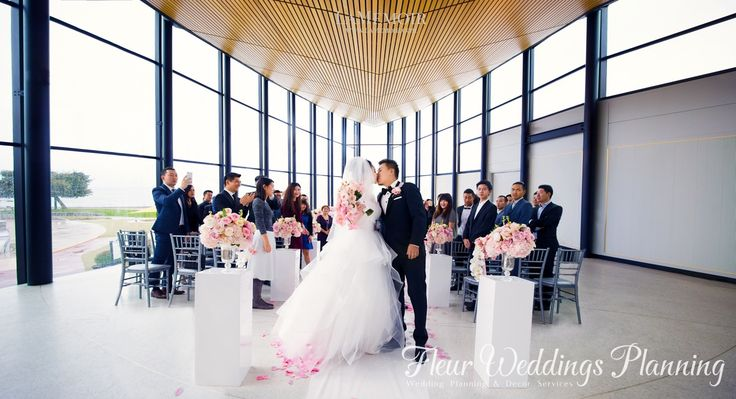 October wedding in Spencer's. Pink in the fall. #weddings #weddingplanner #weddingplanning #burlington #spencer'spark #spencers
