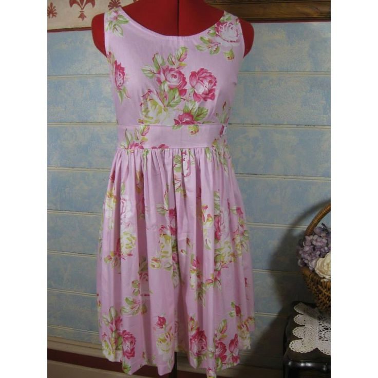 Ladies Size 12 Tea Dress