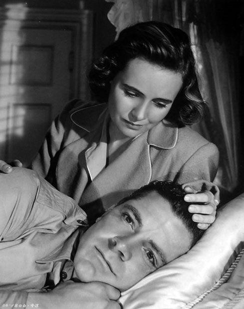 Teresa Wright and Dana Andrews in The Best Years of Our Lives (William Wyler, 1946) Love him.