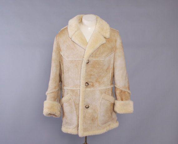 Vintage Men's SHEARLING COAT / 1980s Shearling Fur Suede Leather Jacket M 40 #searling #vintagecoat #menscoat #80s #80sfashion #suede #leather #vintage #fashion #men #menswear #mensfashion #mensvintage
