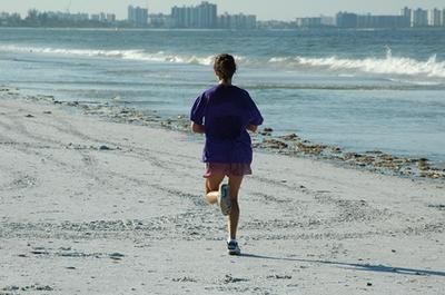 What Causes Stomach Cramps While Running?