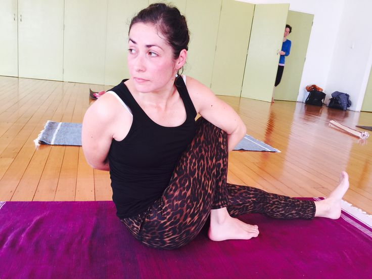 It's #TeacherTrainee #Ashtanga Mon-day @theyogaacademy. Check out the interview with Paulina at http://on.fb.me/1LrMYpv