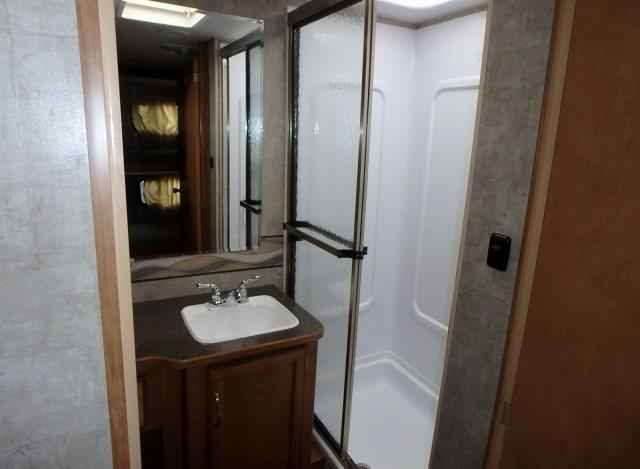2016 Used Winnebago Minnie Winnie 31H Class C in Oklahoma OK.Recreational Vehicle, rv, 2016 Winnebago Minnie Winnie 31H, This 2016 Winnebago Minnie Winnie 31H, class C motor home, offers double slides for added inside space, a set of bunks, and it sleeps a total of nine quite comfortably. As you step inside notice the amount of space there is behind the front passenger and driver seats with the large slide out sofa/bed and three burner range fully extended. There are three sets of seat belts…