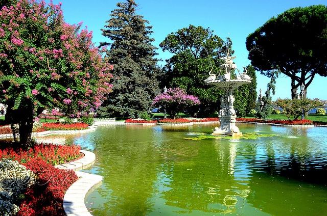 Very Sunny Afternoon in Dolmabahçe Palace Gardens, Beşiktaş, İstanbul, Türkiye