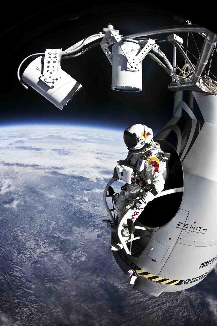 Des images inédites sur la chute libre de Félix Baumgartner