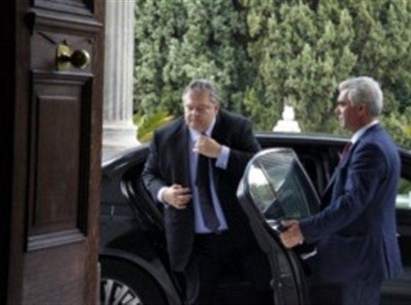 Ο Βενιζέλος, η θωρακισμένη BMW και τα 750.000 ευρώ