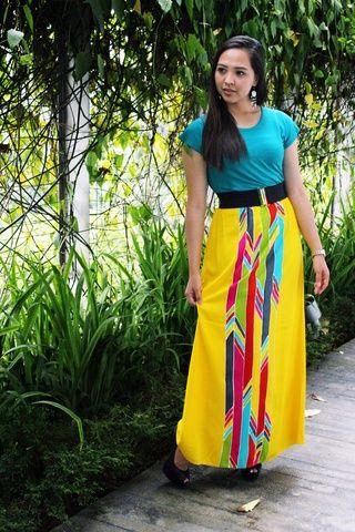 brevi bamboo batik skirt - on woven bamboo material