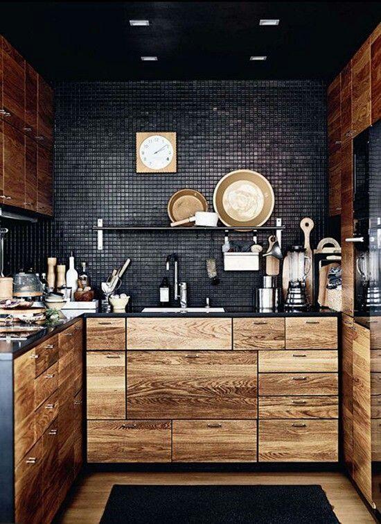Кухня интерьер малогабаритная дизайн черный цвет стиль дерево
